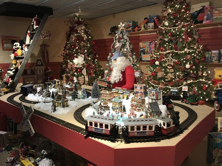 Kraynak's Santa's Christmasland